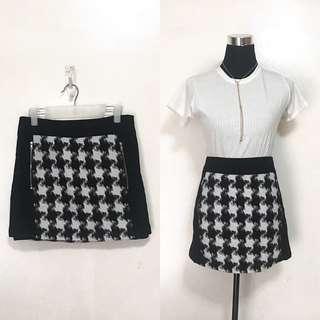 Wool-ish Black and White Printed Skirt
