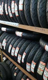Maxxis Diamond MD3D Tyre Tubeless Motorcycle Tyre Tire for Sale Brand New Too Many New Ones No Space!