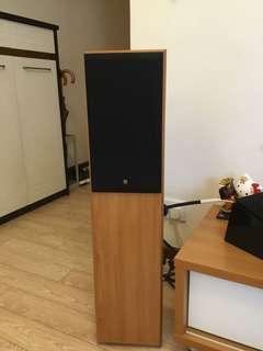 KEF floor standing speakers 座地喇叭一對