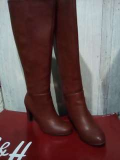 S&H Knee High Boots