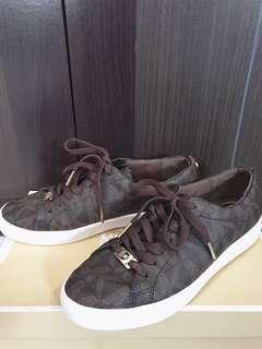 MICHAEL KORS keaton lace up (brown)