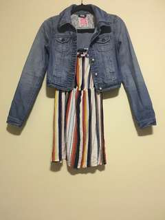Cropped light washed jean jacket