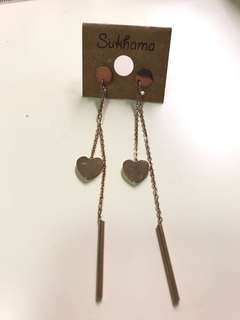 心心長吊耳環 Heart Earings