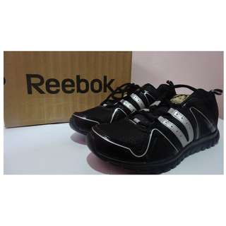 Brand New Authentic Reebok Shoes (Men Size 9)