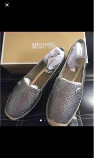 全新MICHAEL KORS平底鞋