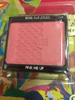 Guerlain Rose Aux Joues Blush on #6 Pink me up