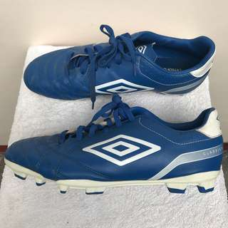 UMBRO Classico 4 FG Soccer Cleats - used size 10