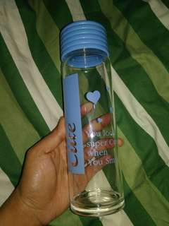 Botol minum kaca