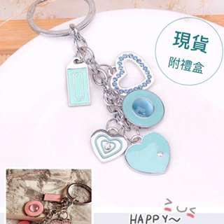 🚚 COACH鑰匙圈吊飾愛心小鑽(附禮盒)藍/粉現貨