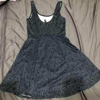 H&M 點點連身洋裝