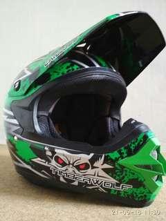 Helmet Cargloss