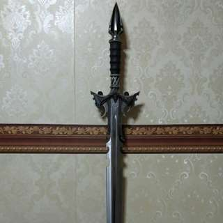 [MOVING SALES] Kit Rae Display Swords Sedethul Mithrodin Valdris