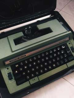 Smith Corona Sterling Deluxe Type Writer
