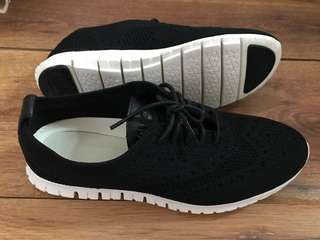 BNEW! Selling low! Cole Haan Zerogrand shoes