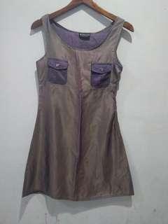 Momcks dress