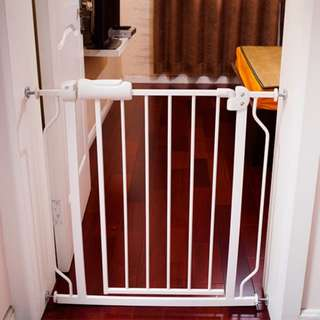 Baby safety gate & Pet fence