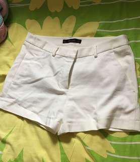 Zara 西裝短褲