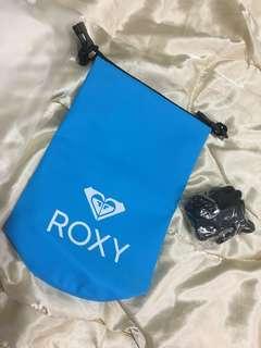 🚚 ROXY 隨身防水袋