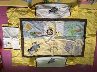 Baby comforter set (zoo animals)