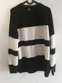sweater black n white by hnm