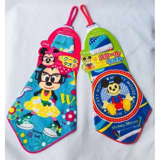 🌸SALE🌸 Daiso Mickey Mouse and Minnie Mouse Towel