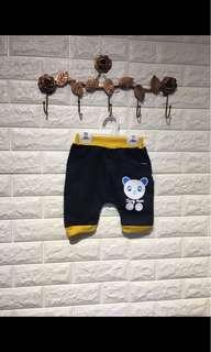 🚚 童裝-牛仔短褲(5分褲)XL