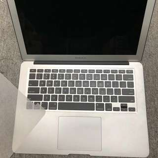 MacBook Air 13 2015 i5 1.6G 4G Ram 128SSD