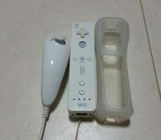 Wii Remote and Nunchuk original Nintendo