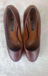 Zara women brown pumps