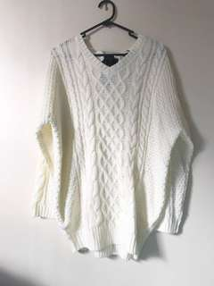 White jumper with Bow
