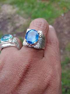 Cincin batu Blue Sapphire