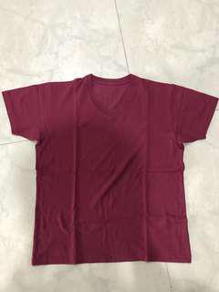 Uniqlo V-neck shirt (red)