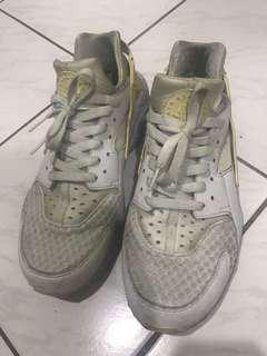 Nike 白武士