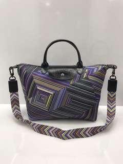 Tas LC Limited Edition op Art (4D) 1515#1  Miror Quality, bahan kain tebal bagus UK 30,5x16x24cm warna Purple size M (mirip original) Dijamin bagus Berat 600gr  H 460rb