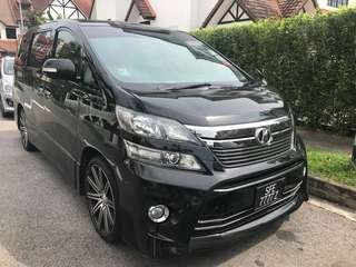 Toyota VELLFIRE V6 For RENT