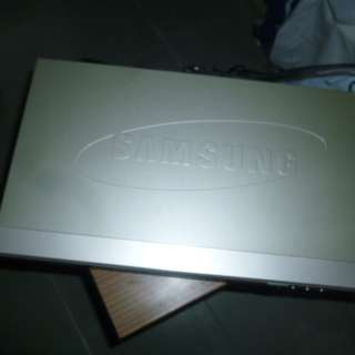 (二手) Samsung DVD player (Model:  DVD-S128 ),..