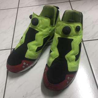 Reebok充氣鞋