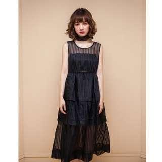 Marjorie 黑色約定,多層次透視感蛋糕裙洋裝
