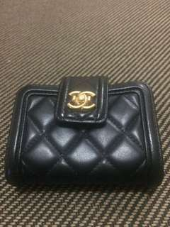 Chanel card wallet mirror