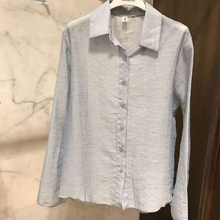 🚚 湖水藍仙氣襯衫