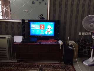 "TV LG 32"" LD 340 + DVD Home Theatre LG Set"
