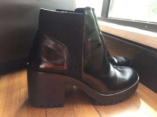 Zara shiny boots REDUCED #July100