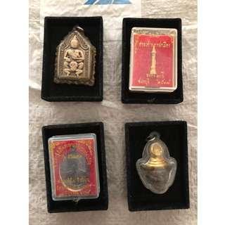 Amulet tray