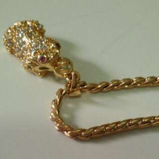 Chain with 貔貅 pendant. Clearing off at $20nett only.