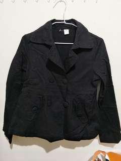 🚚 黑色的外套