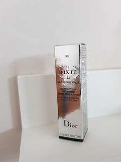 Dior Concealer 002
