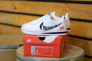 WMNS Nike Cortez Flying Hawk
