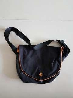 Crumpler Sling Bag (Black)