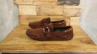Salvatore Ferragamo Suede Loafers Shoes Second Sepatu Bekas Branded Import