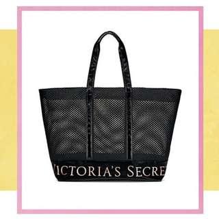 Victoria's Secret Mesh Weekender travel bag/weekend bag / tote bag (with zipper) see through fishnet